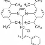 Structure of [1,3-Bis(2,6-diisopropylphenyl)imidazol-2-ylidene]chloro[3-phenylallyl]palladium(II) CAS 884879-23-6